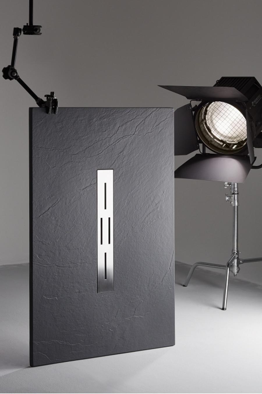 receveur de douche 70x100 noir coulement lin aire ardesia. Black Bedroom Furniture Sets. Home Design Ideas