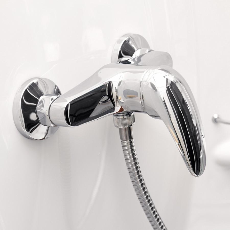 cabine de douche pour petits espaces 70x70 delta meuble de salle de bain. Black Bedroom Furniture Sets. Home Design Ideas