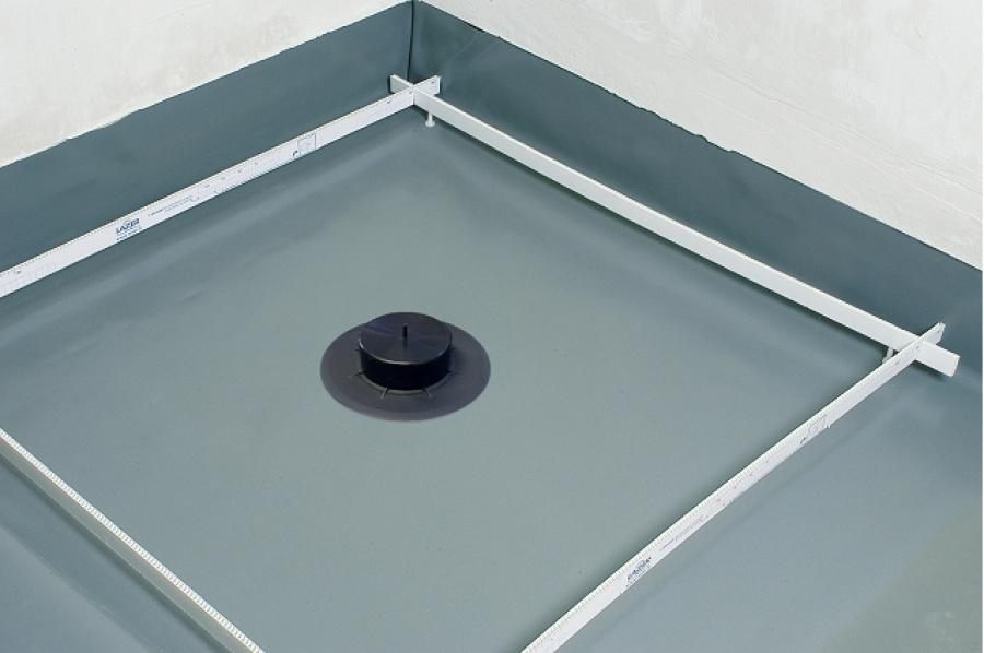 receveur de douche isotanche chantier 120x120 bonde horizontale meuble de. Black Bedroom Furniture Sets. Home Design Ideas