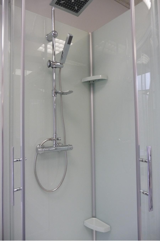 cabine de douche rectangulaire flotille 3 110x80 meuble de salle de bain. Black Bedroom Furniture Sets. Home Design Ideas